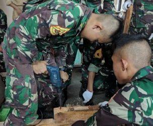 Praktikum Struktur Kayu dan Bambu Taruna TK II/Sertar Prodi Teknik Sipil Pertahanan TA. 2019